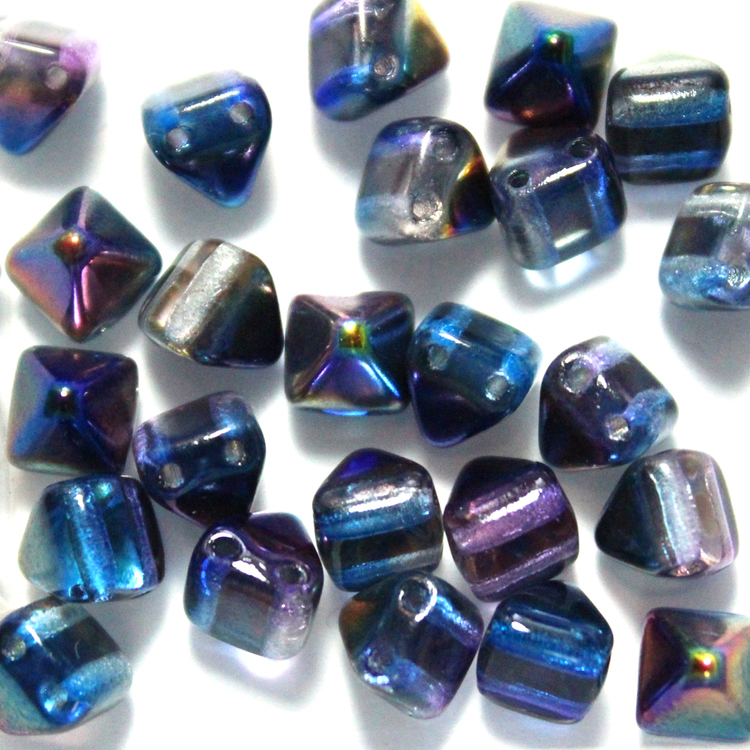 Crystal Magic Blue Pyramid Beads 6x6mm 25st