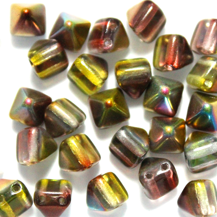 Crystal Magic Green Pyramid Beads 6x6mm 25st