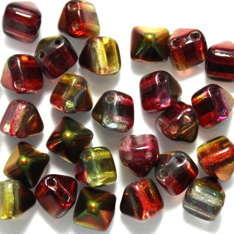 Crystal Magic Apple Pyramid Beads 6x6mm 25st