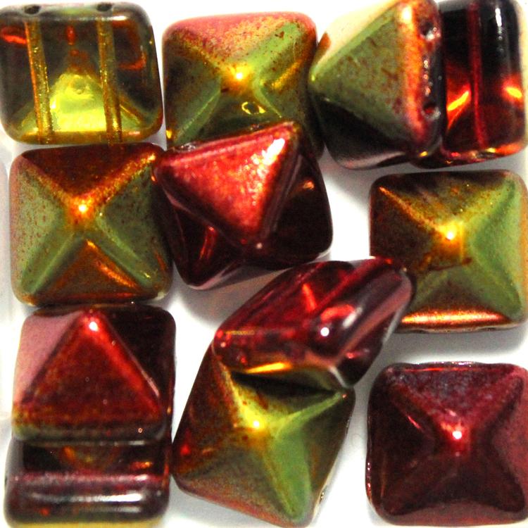 Crystal Magic Apple Pyramid Beads 12x12mm 12st