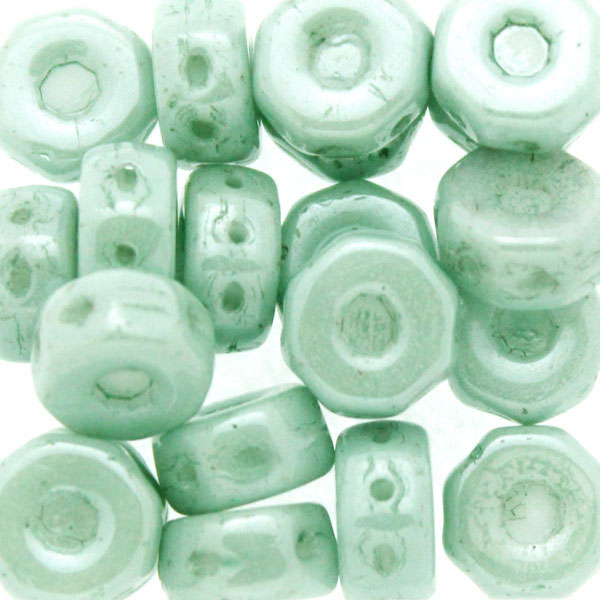 Opaque White Green Luster Octo Beads 10g