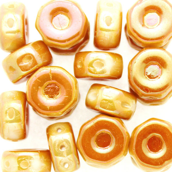 Opaque White Apricot Full Octo Beads 10g