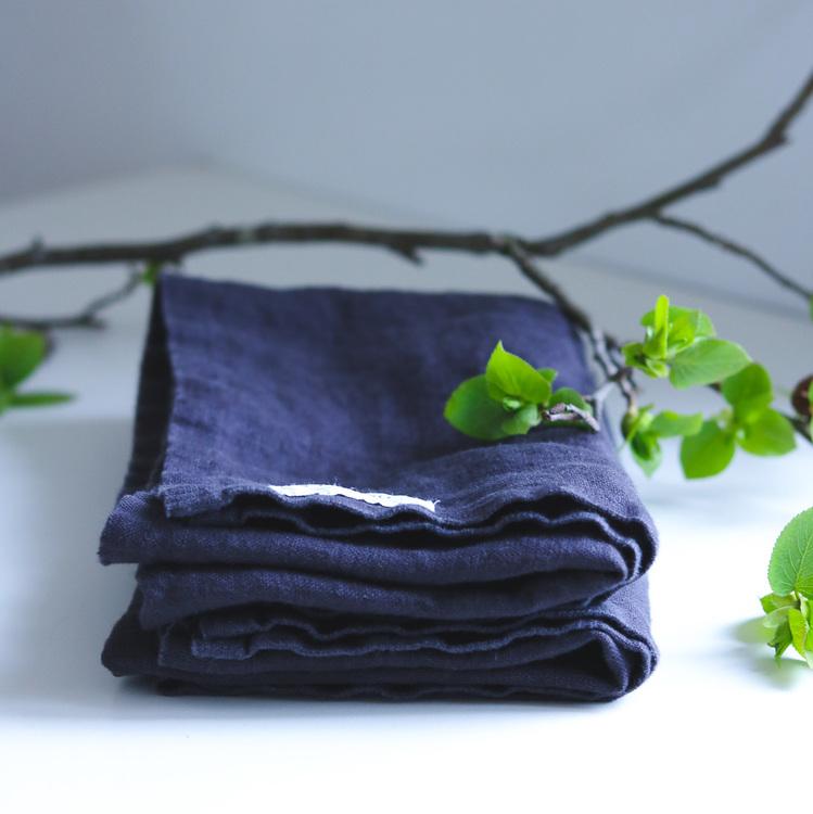 Grå kökshanddukar i ekologiskt linne