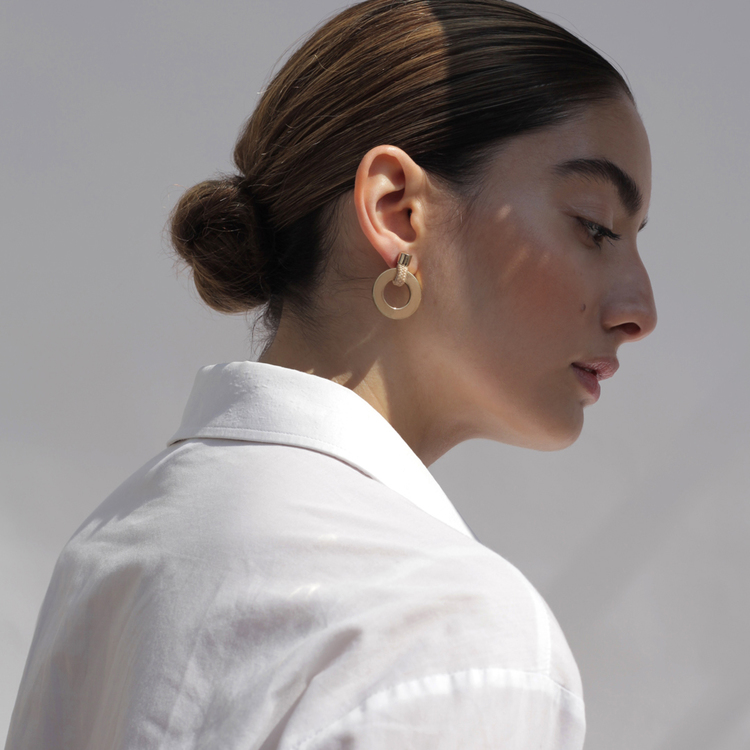 Örhängen Noor, Pichulik