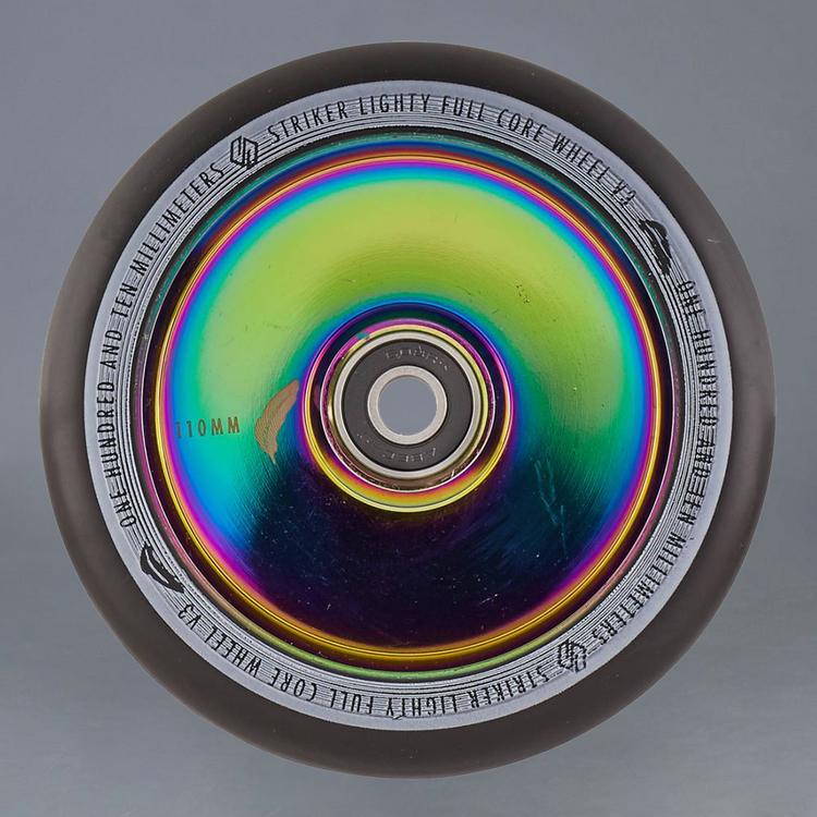 Striker Lighty Full Core V3 Rainbow 110mm hjul 2-Pack