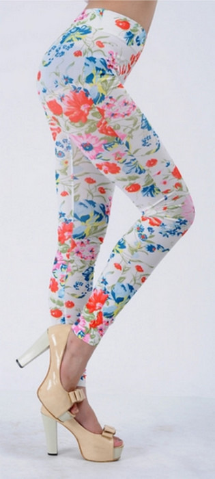 Vita full av blommiga mönster leggings