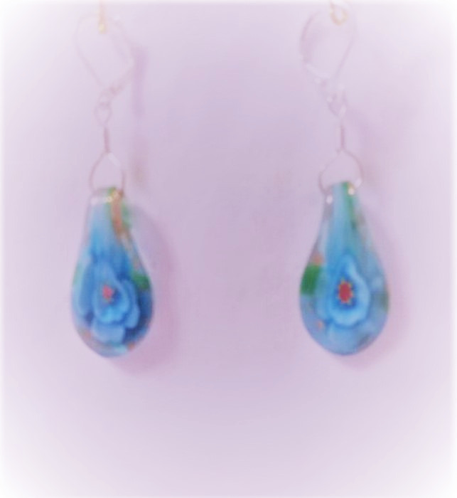 Lampwork glas silver ljus blåa lotus örhänge