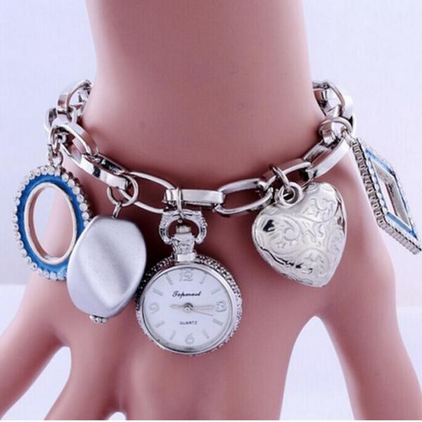 Blåa Charm Armband Med Klocka