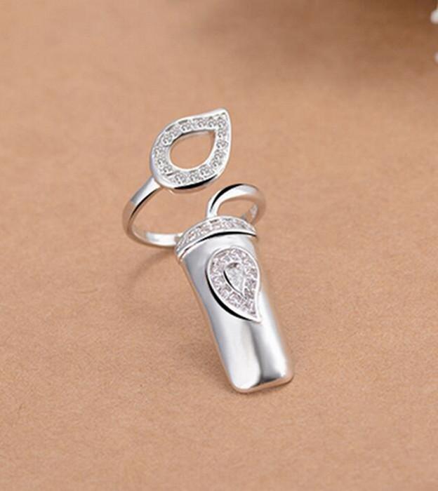Lejonsvans Finger Nagel Ring