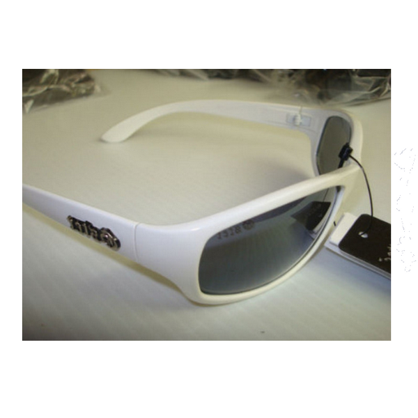 Vita Gster solglasögon