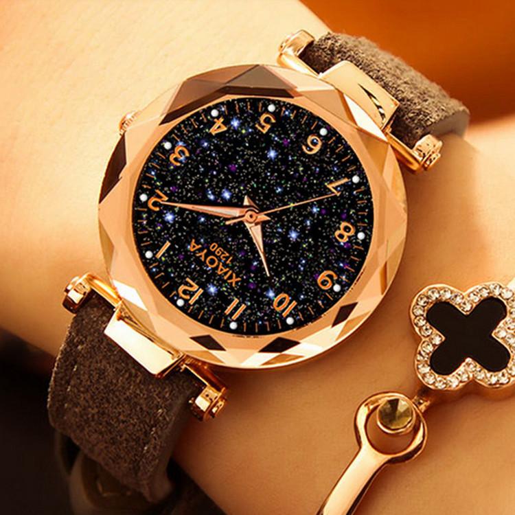 Grå Starry Sky Klocka