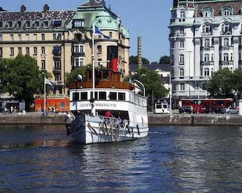 Quiz Walk Östermalm: Från Nybroplan till Humlan