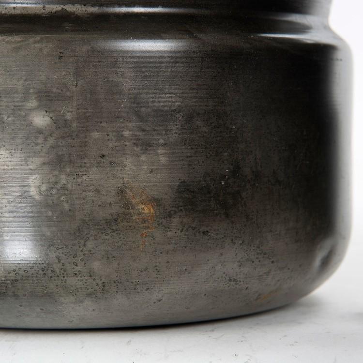 Hela 4 läckra krukor i metall