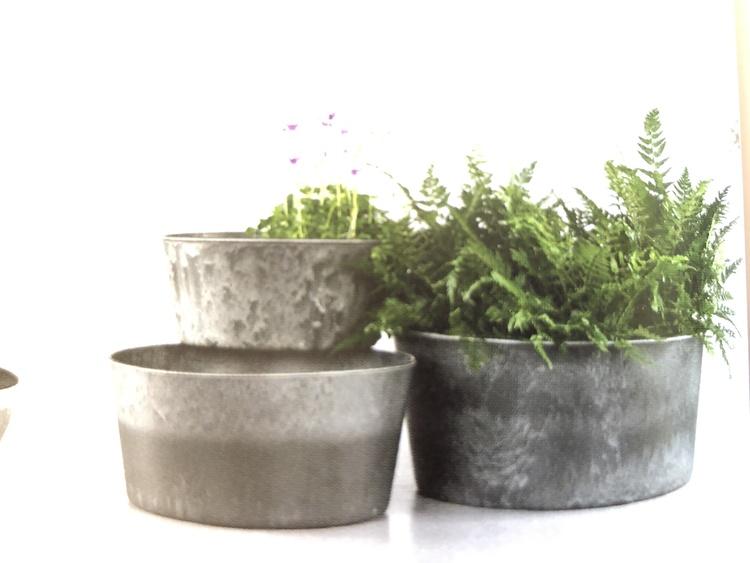 Kruka/Potta i plast för plantering