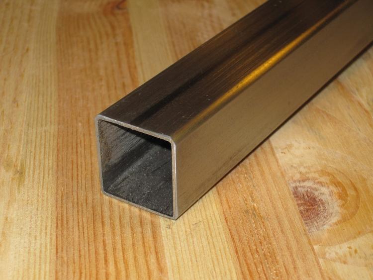FYRKANTSRÖR KALLDRAGEN 10*10*1,0mm DIN 2395