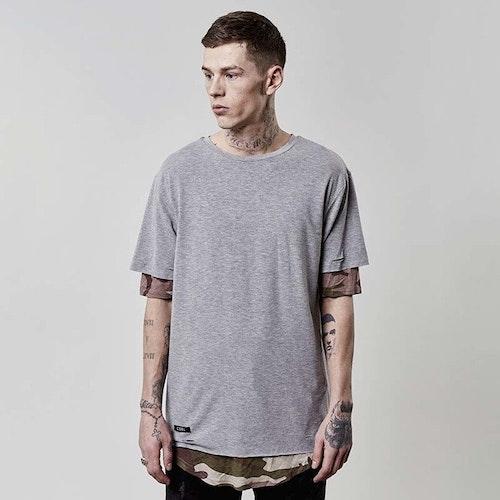 Cayler & Sons - CSBL Deuces Long Layer T-shirt - Grå