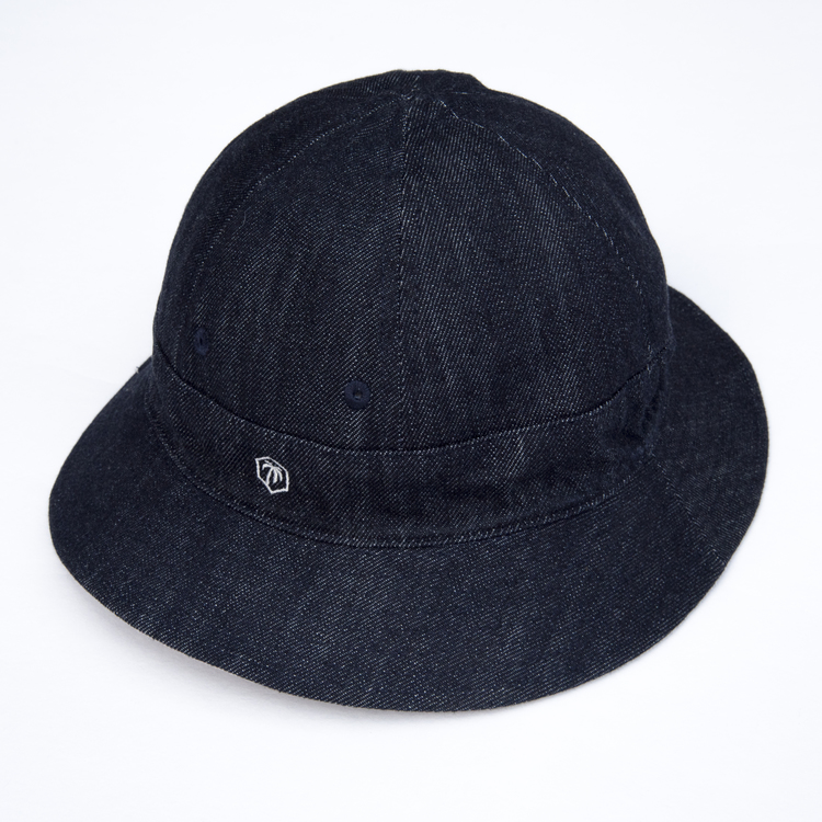 """Double bucket"" hatt"
