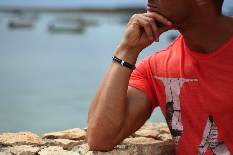 accessoar armband so sweden svart gummi, läder och rostfritt stål