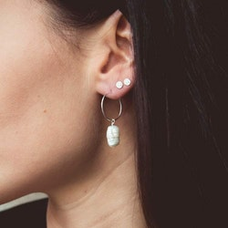 ANITA JUNE | Örhängen | Drop Hoop Pearl - Guld