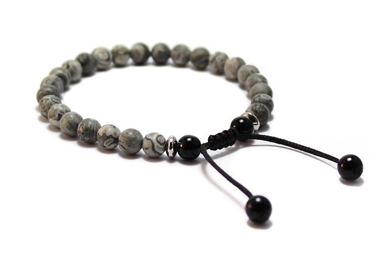 smycken handgjort armband med grå stenar