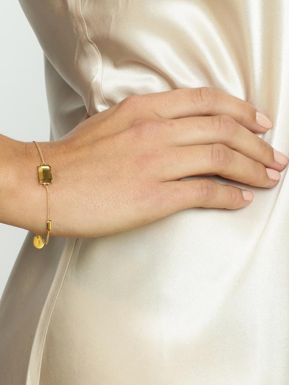 guldarmband med brun sten star of sweden