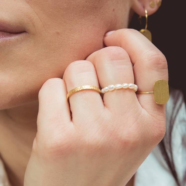Smycken pärlring Anita June