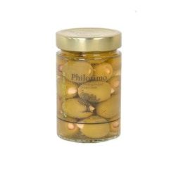 Halkidikioliver fyllda med mandlar