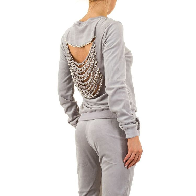 Totally ownitbabe sweats with pearls, a shade of grey!