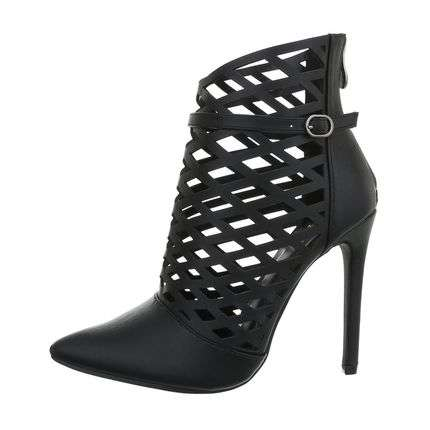 XOXO black heels