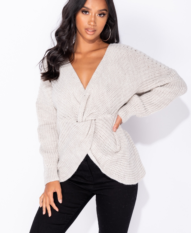Stonebeige knitted jumper with a twist