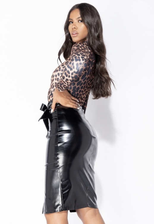 PU leather VAMP skirt