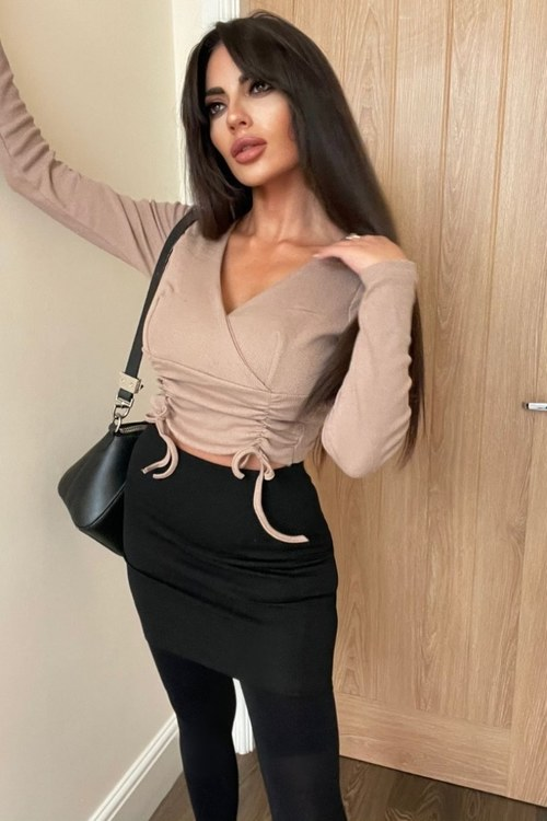 Kendall front detail top