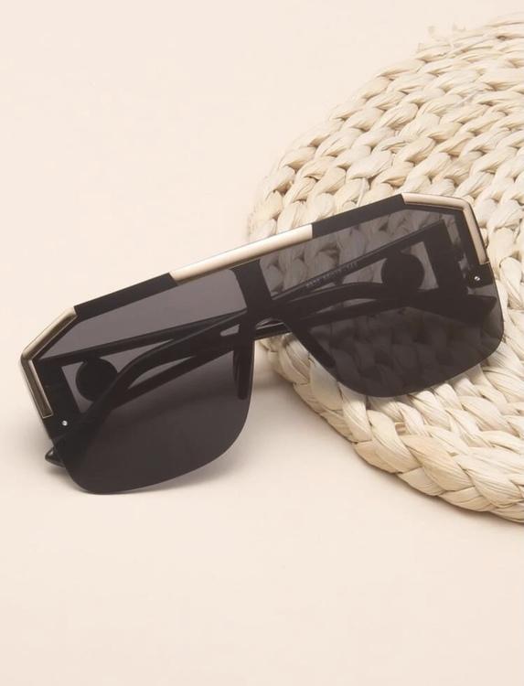 Malaga black framed sunglasses