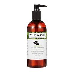 WILDWASH PRO Schampo for Light coloured coats - för ljusa pälsar