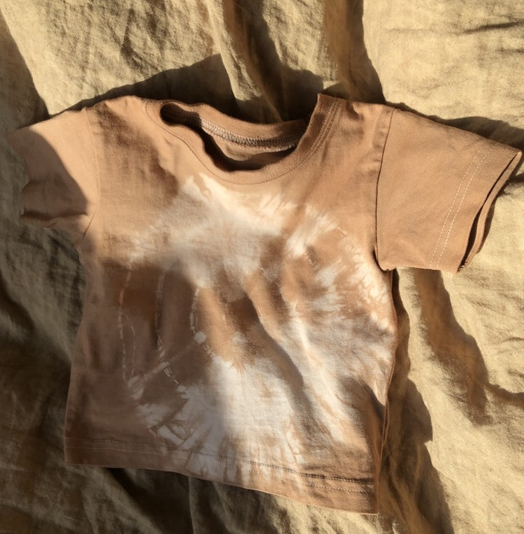 PLANT DYED BABY TEE