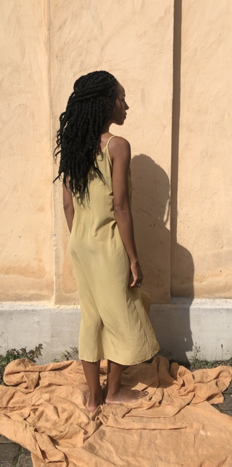 "PLANT DYED SILK SLIP ""Coracor"""
