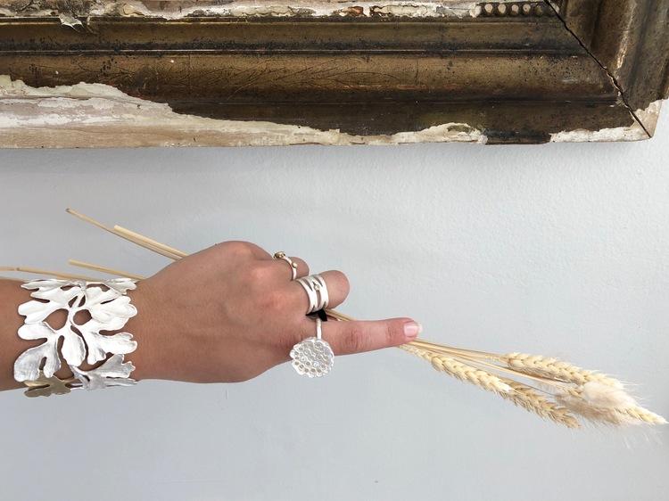 unik silverring hand