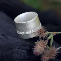 Misty Forest Diamond Band Ring- Silver