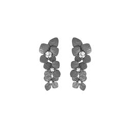 Hydrangea Örhängen i brons med safirer