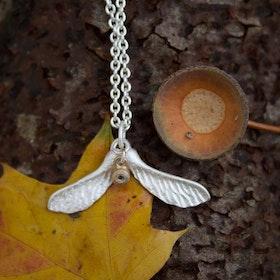 Dazzle Maple Nose Necklace, silver