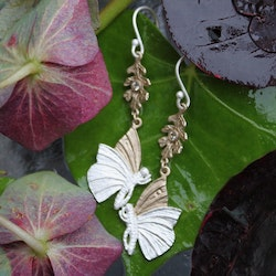 Fluttering Wings Earrings, silver