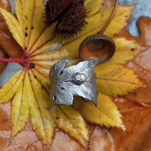 Mighty Oak Ring, bronze
