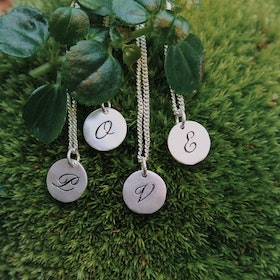 Letter Coin Halsband Silver