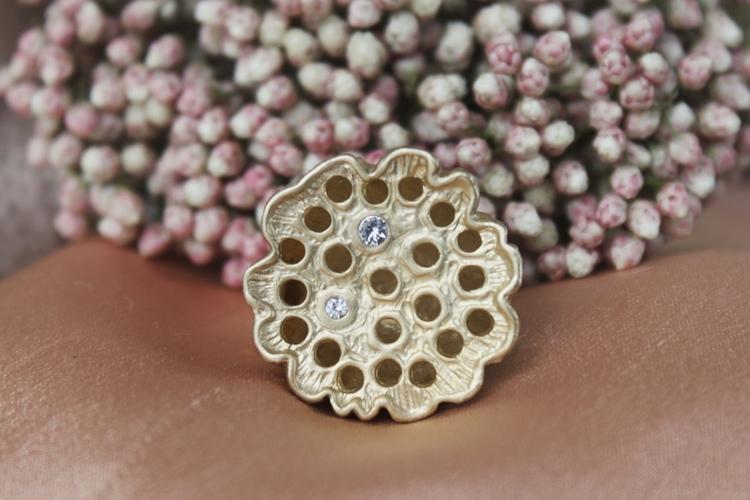 unik lotus ring