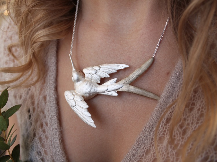 Fluttering Swallow Halsband, silver