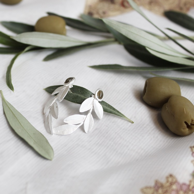 Wild Olive Earrings, silver