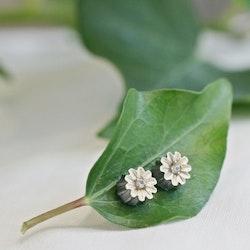 Poppy Silk Örhängen - Brons