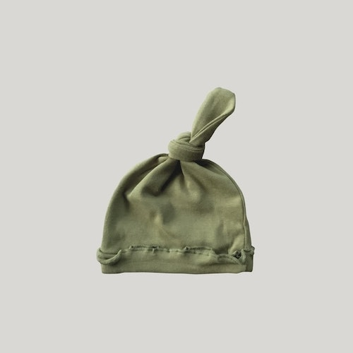 ORGANIC KNOTTED HAT LEAF