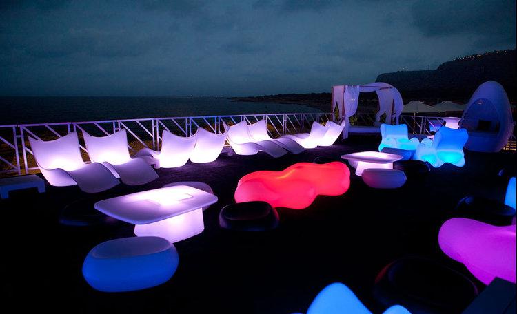 Vondom Lava Bench RGB LED möbler - Karim Rashid