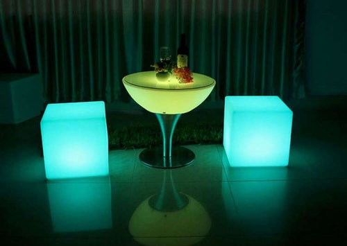 LED Lounge Set - 4 kuber + bord